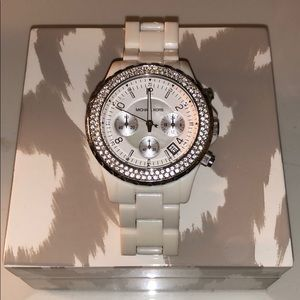 White Micheal Kors watch! (Barely worn)!
